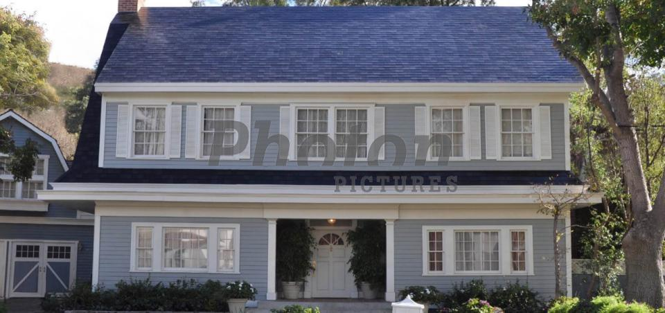 Tesla Unveiled Solar Roof Tile And Energy Storage System
